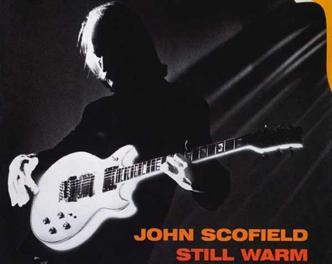 """Still warm"", il jazz blues di John Scofield"