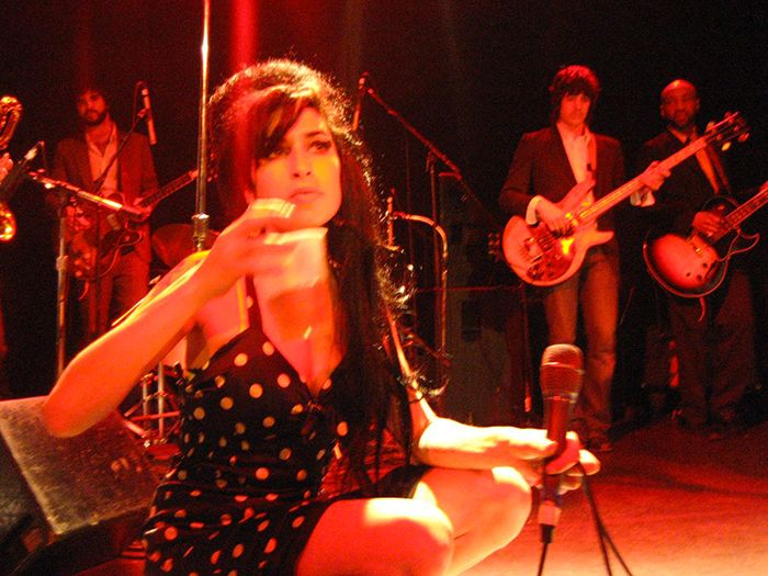 "Cinema: la famiglia Winehouse contro il documentario ""Amy"""