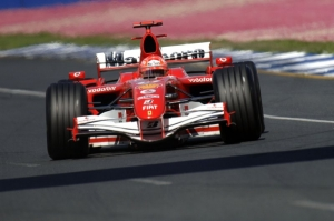 Formula 1.  Ferrari, in China per reagire