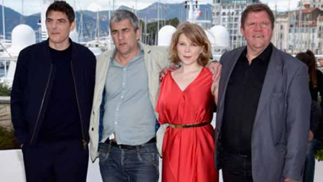 "Cannes 69. ""Rester Vertical "", flop francese in concorso"