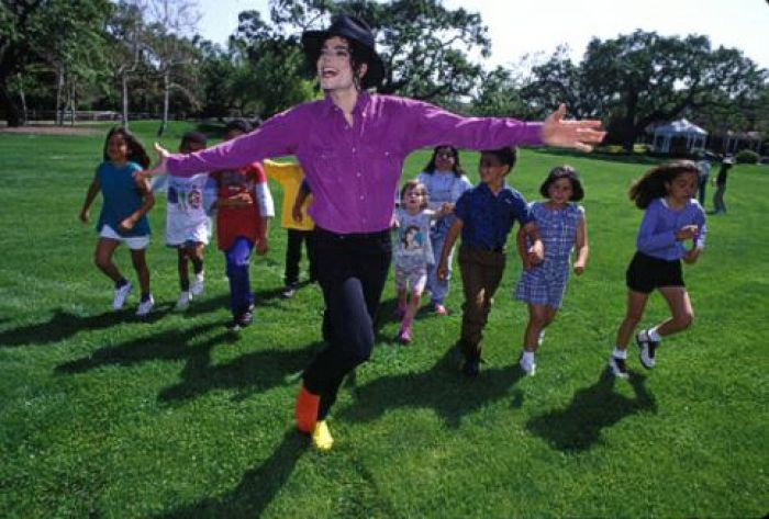 Michael Jackson: in vendita per 100 mln di dollari il ranch Neverland