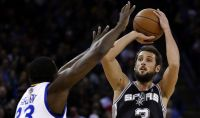 Basket Nba, Bargnani e Belinelli fanno la differenza
