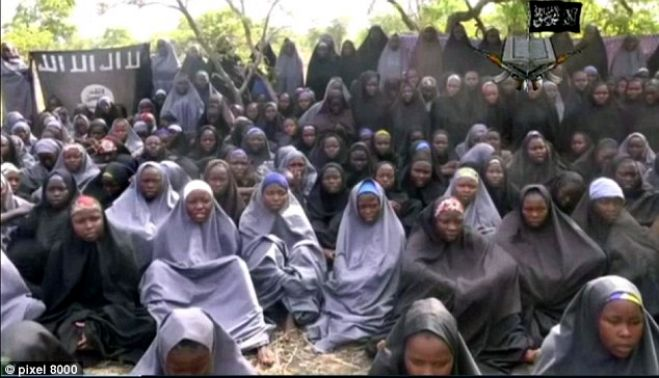 Nigeria. Le studentesse rapite appaiono in un video di Boko Haram
